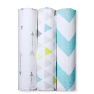 3pack of Muslin Swaddle blankets for baby
